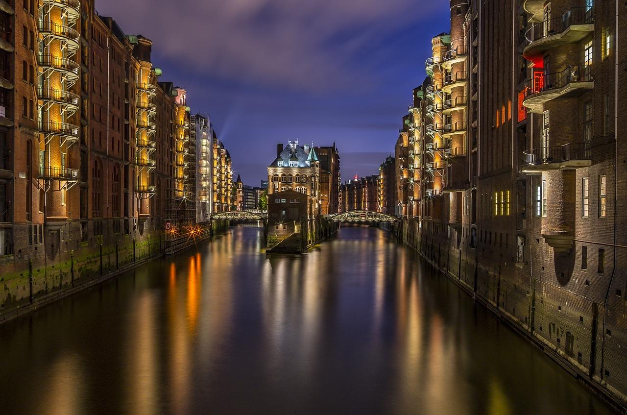 Hamburg Speicherstadt bei Nacht