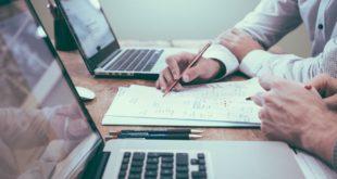 Bewerbung: Was gehört in die Bewerbungsmappe?