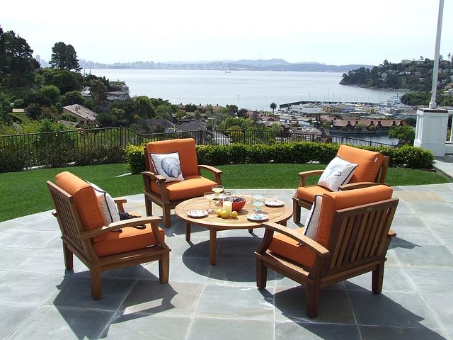 Gartenmöbel kaufen: 5 Tipps die dabei helfen